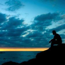 Dlaczego szczęście tak krótko trwa (i jak możesz to zmienić)?